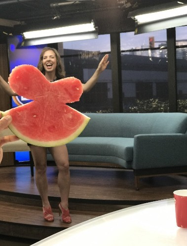 """People Are Using Real Fruit Slices as a Quirky """"Watermelon Dress"""" for Summer"""