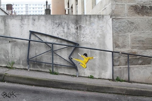 Clever New Street Art Shows Bruce Lee in Action
