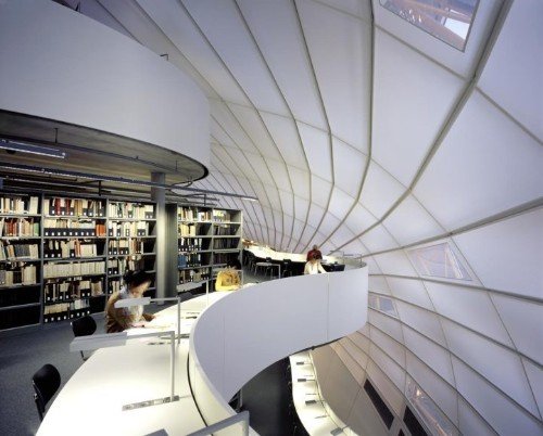 Striking Berlin Library Boasts Expansive White Interior