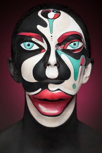 Surreal Painted Faces Make Us Question What We Are Seeing