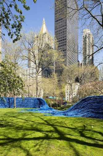 1.4 Million Feet of Colorful Rope Transforms Madison Square Park