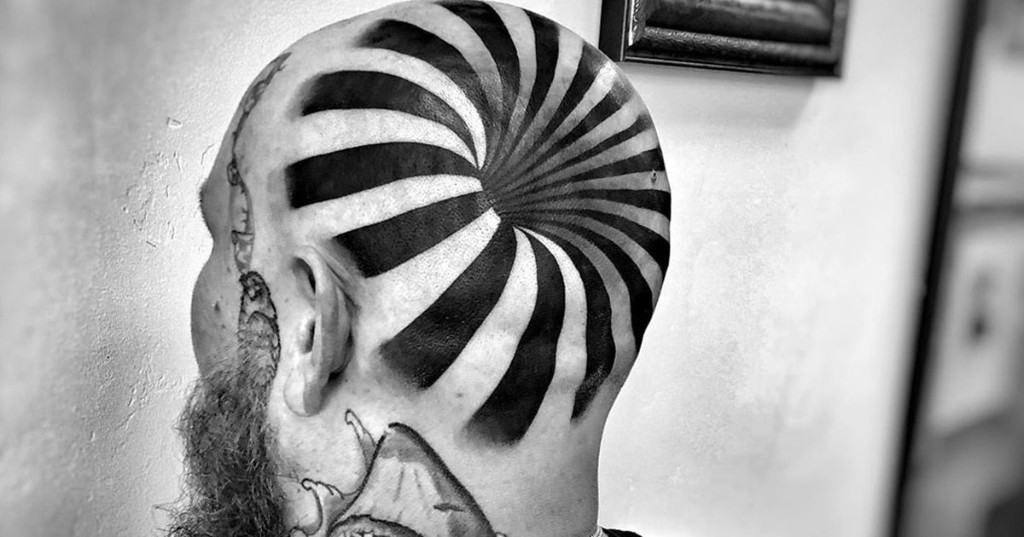 """""""Hole in the Head"""" Tattoo Transforms Man's Head Into a Mind-Bending Optical Illusion"""