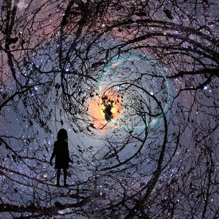 Stay-At-Home Mom Creates Surreal Silhouettes of Her Kids Using Only Her iPhone