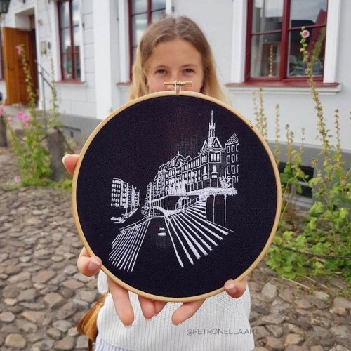 Traveling Artists Use Embroidery to Immortalize Inspiring European Architecture