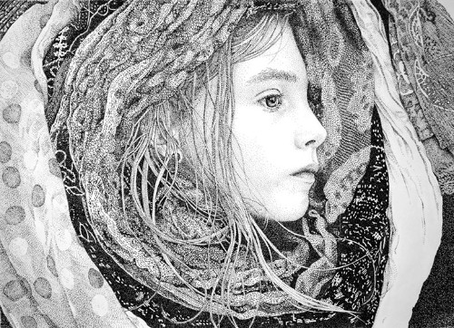 Amazingly Detailed Portraits Created with Thousands of Dots