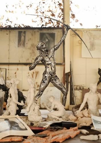 Amazing Figurative Sculptures Welded from Steel Scraps