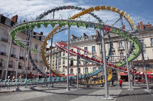 """1,200 Chairs Are Turned into a Dynamic """"Roller Coaster"""" in French Public Square"""