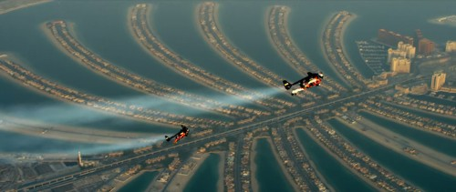 Amazing Video of Two Daredevils on Jetpacks Zipping Across Dubai Skies