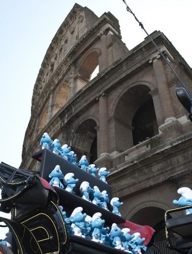The Smurfs Invade Rome for Global Smurfs Day