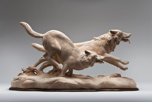 Intricately Carved Wooden Animal Sculptures Leap to Life