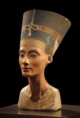 10 Facts About the Ancient Egyptian Queen Nefertiti