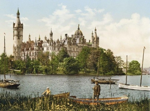 Revealing Color Photographs of Early 1900s Germany Resemble the Innocence of a Children's Picture Book