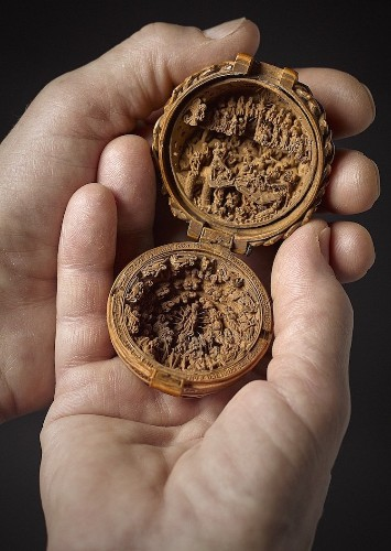 16th Century Gothic Boxwood Miniatures With Extremely Detailed Carvings