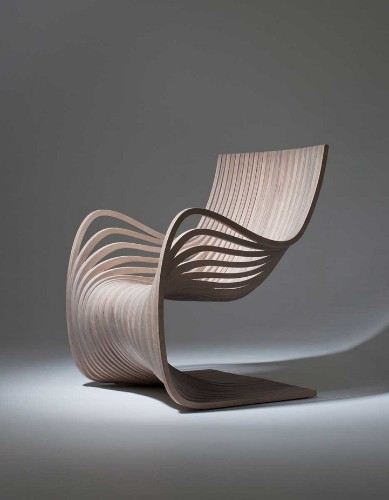Chair with Sexy Curves Constructed Entirely from Two Pieces of Plywood