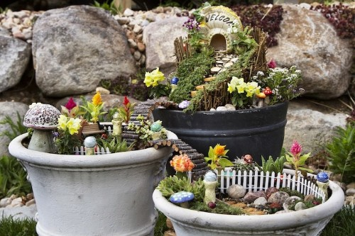 """How to Create Your Own """"Fairy Gardens"""" to Add a Little Magic to Your Home"""