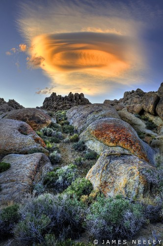 20+ Dramatic Shots of Lenticular Clouds