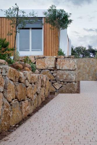 Modern Prefabricated Home is a Minimalist Retreat in Spain