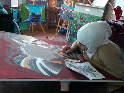 Syrian Refugee Children Find Comfort in Coping with Their Grief Through Art Therapy