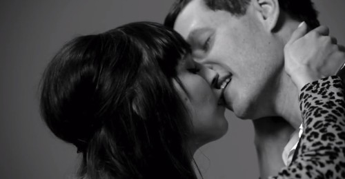 Beautiful Video of Strangers Kissing For the First Time