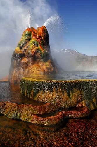 Stunning Shots of Fly Geyser, Nevada's Hidden Treasure