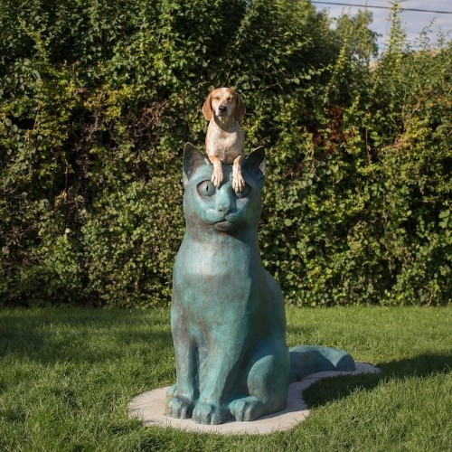 Maddie the Coonhound Standing on Things (Part 4)