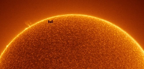 NASA Releases Incredible Photo of ISS Passing Across the Sun