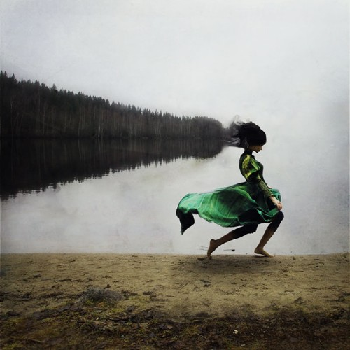 Surreal Portraits of Elegant Women Inspired by Ballet