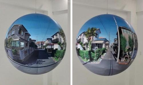 Artist Paints Photorealistic Scenes of Japanese Suburbia on Spheres