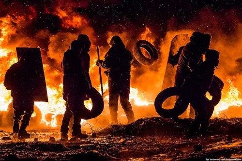Incredible Photos Document Explosive Protests in Kiev