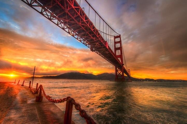 Photographer Captures the Vast Beauty of the Golden Gate Bridge