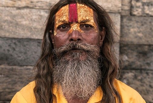 Visually Striking Portraits Explore the Culture of Holy Sadhus