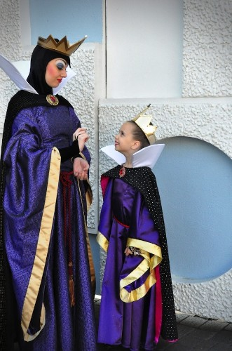 Mother Handmakes Amazing Disney Costumes for Daughter