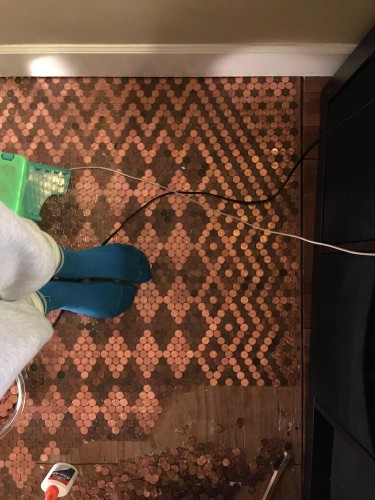 DIY Renovation Uses 13,000 Pennies to Create Stunning Patterned Floor