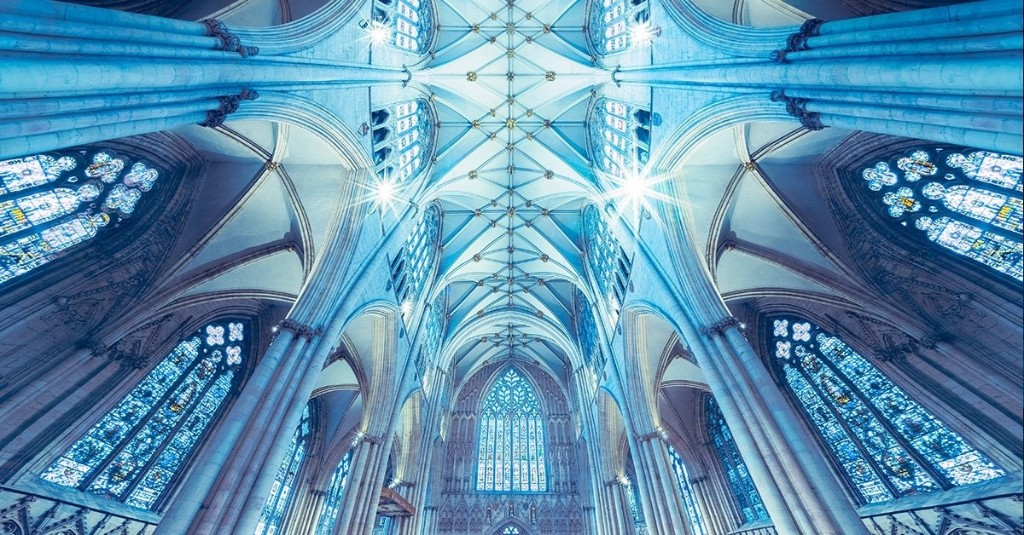Panoramic Photos Inside Churches Look Like the Border Between Reality and Fantasy