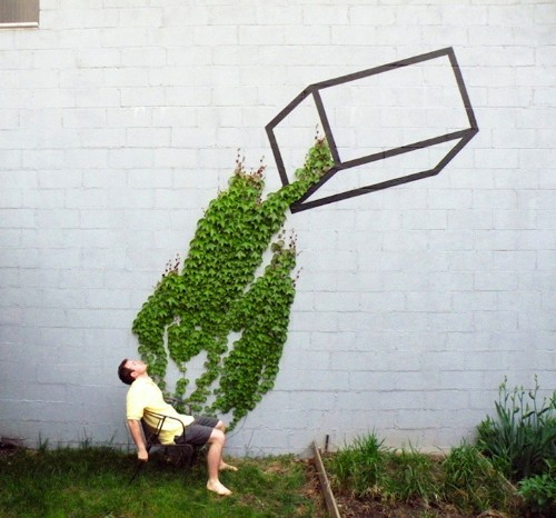 10 Fantastic Examples of Street Art Fusing with Nature