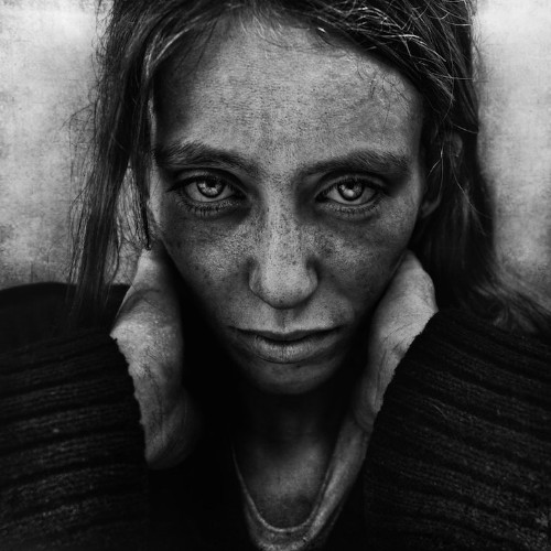 Interview: Powerfully Raw Portraits of Homeless People by Lee Jeffries