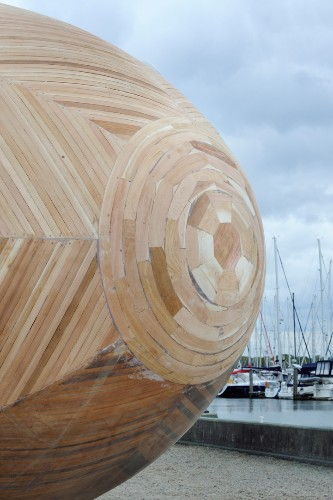Artist to Live a Year in a Wooden Egg to Raise Environmental Awareness
