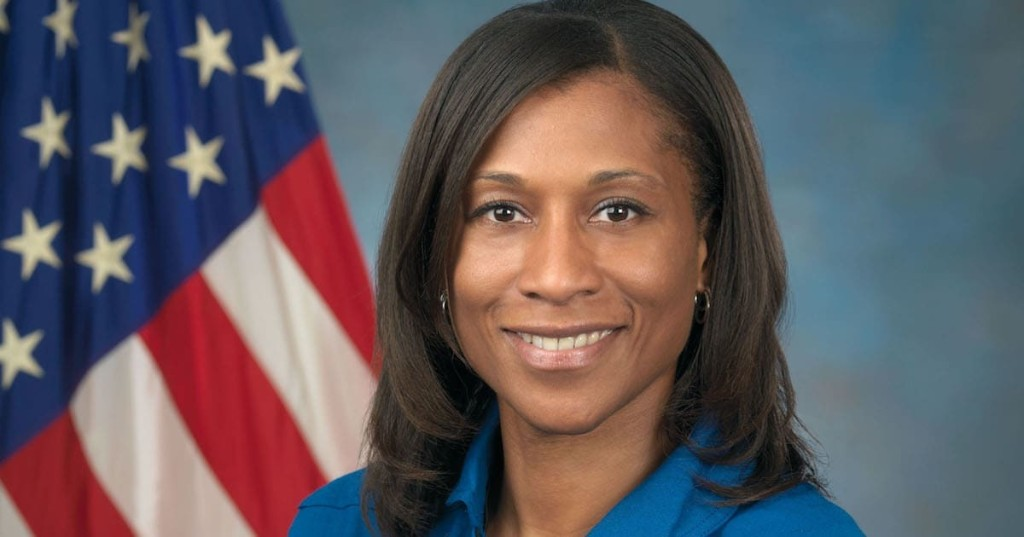 Jeanette Epps Will Be the First Black Woman To Join Fellow Astronauts on the ISS