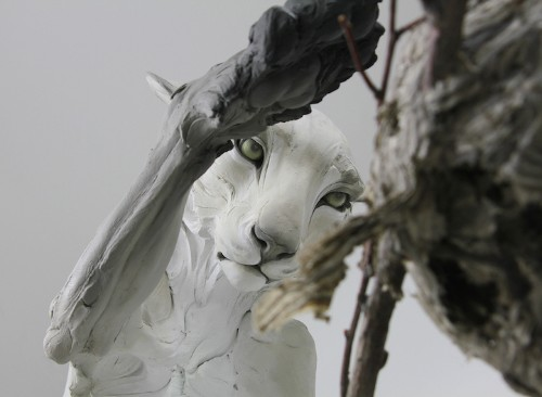 Dynamic Sculptures of Animals Represent Human Psychological Portraits