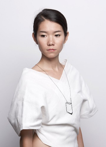 Elegant Necklaces Offer Geometric Perspective from Every Angle