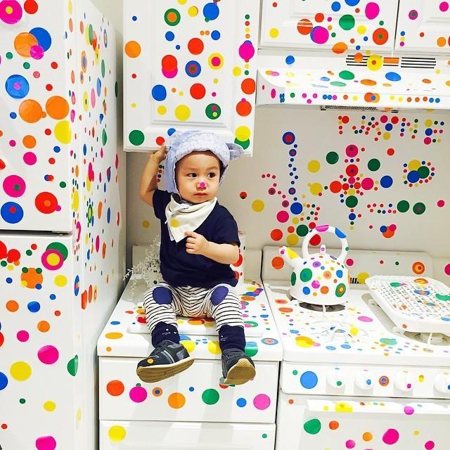New Yorkers Go Sticker Crazy at Yayoi Kusama's Latest Obliteration Room