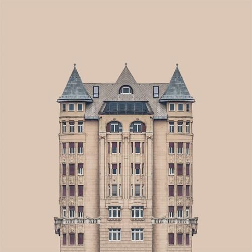 Visually Satisfying Symmetry of Ornate Hungarian Buildings