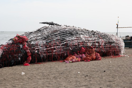 "Shocking Beached Whale Installation ""Washes Up"" in the Philippines"