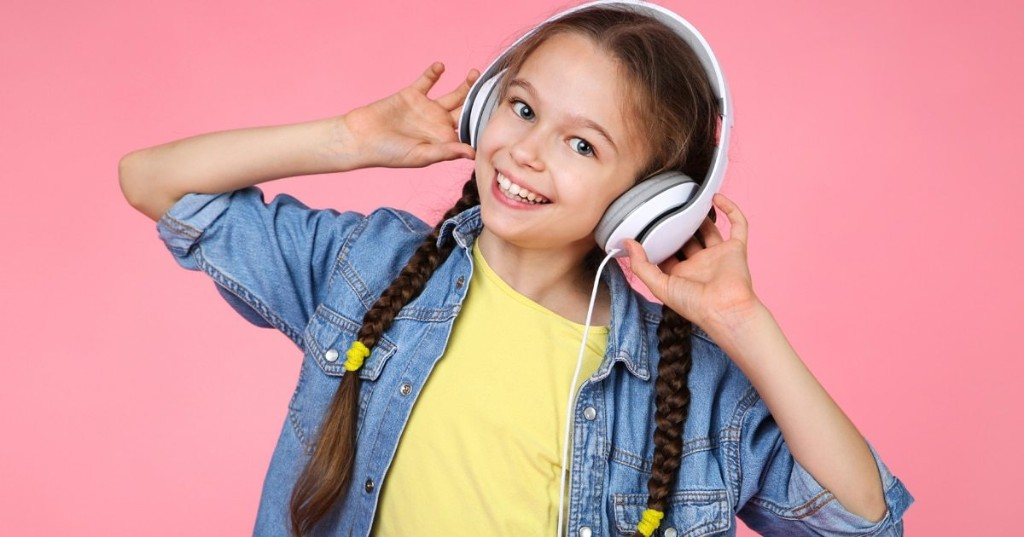 Audible Releases Hundreds of Free Audiobooks for Kids While Schools Are Closed