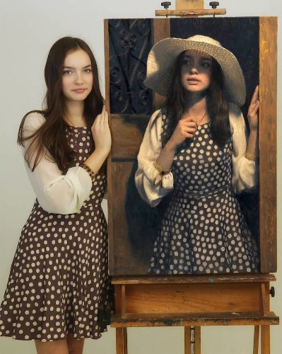 Models Stand Next to Paintings of Themselves & the Likeness Is Incredible