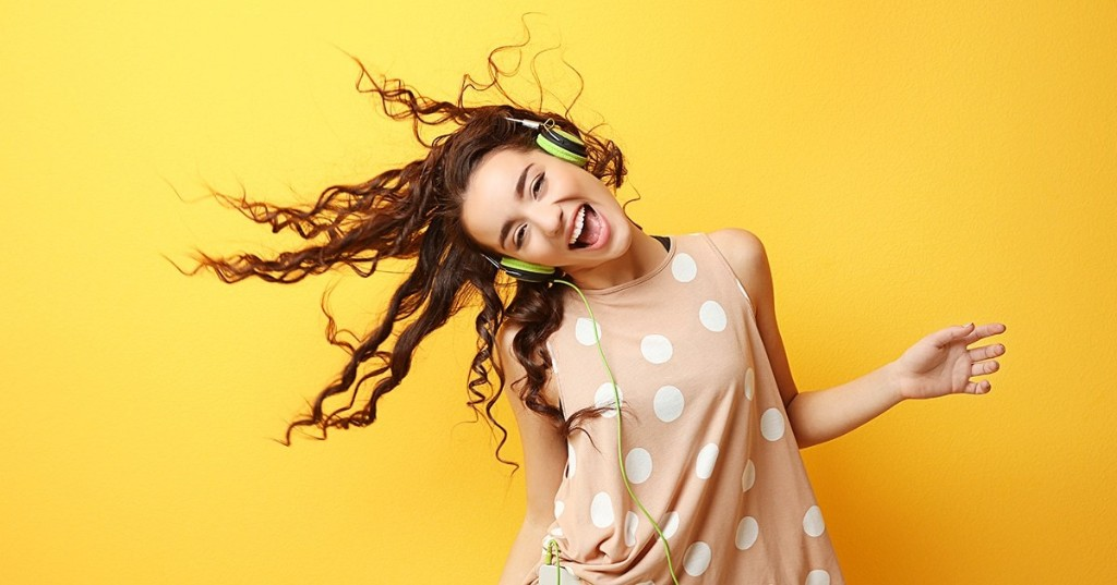 Neuroscientist Makes Playlist of the Happiest Songs According to Science