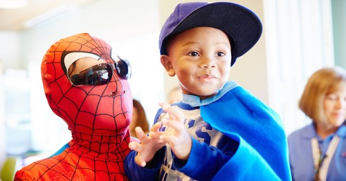 Window Washers Dress as Grime-Fighting Superheroes for Children's Hospital Patients