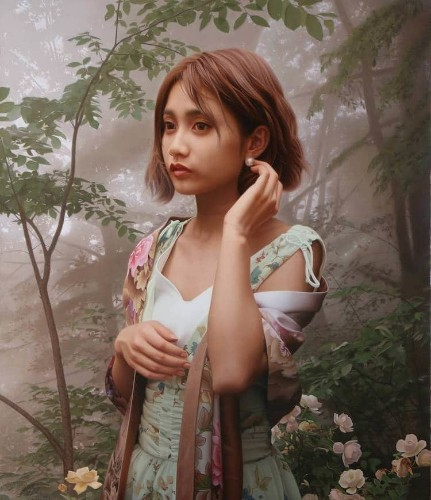 Ethereal Oil Paintings Capture Delicate Details of Japanese Women