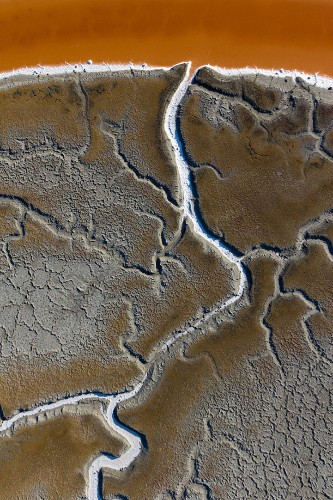 Spectacular Aerial Landscapes of Vibrant Salt Ponds in San Francisco