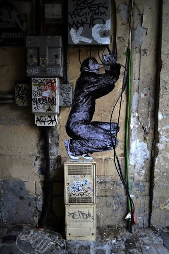 Wheat Paste Characters Go Berzerk on Paris' Streets